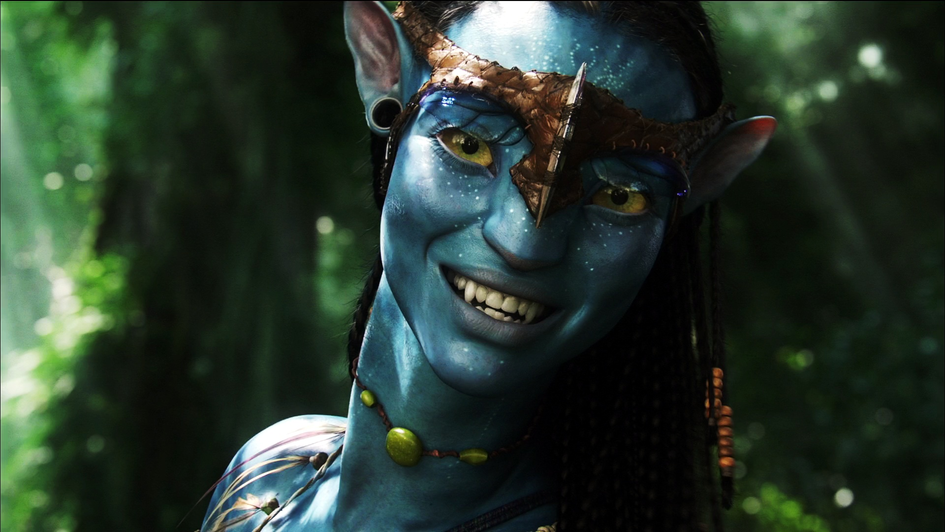 A frame from Avatar (2009) featuring a close up of Neytiri